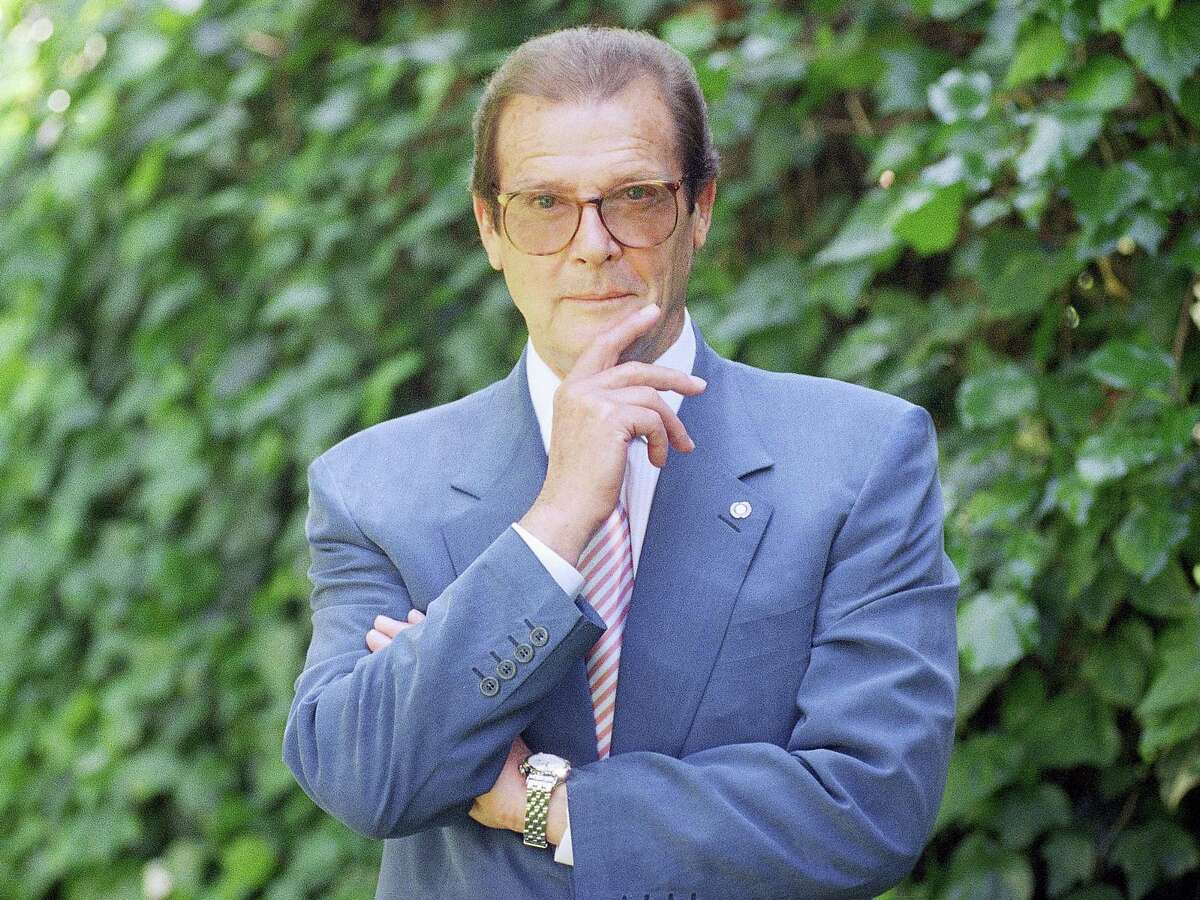 This is a April 22, 1996, file photo of veteran British actor Roger Moore, poses for a portrait, in the Studio City section of Los Angeles. Roger Moore's family said Tuesday May 23, 2017 that the former James Bond star has died after a short battle with cancer.