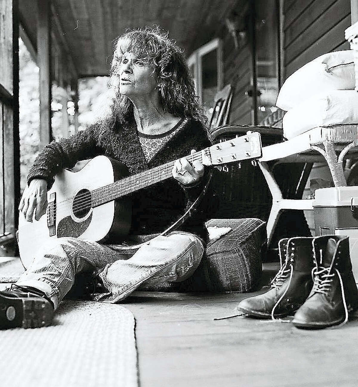 Network member Kath Bloom, who recently returned from an Asian tour, will perform Saturday afternoon at Coe Memorial Park in Torrington.