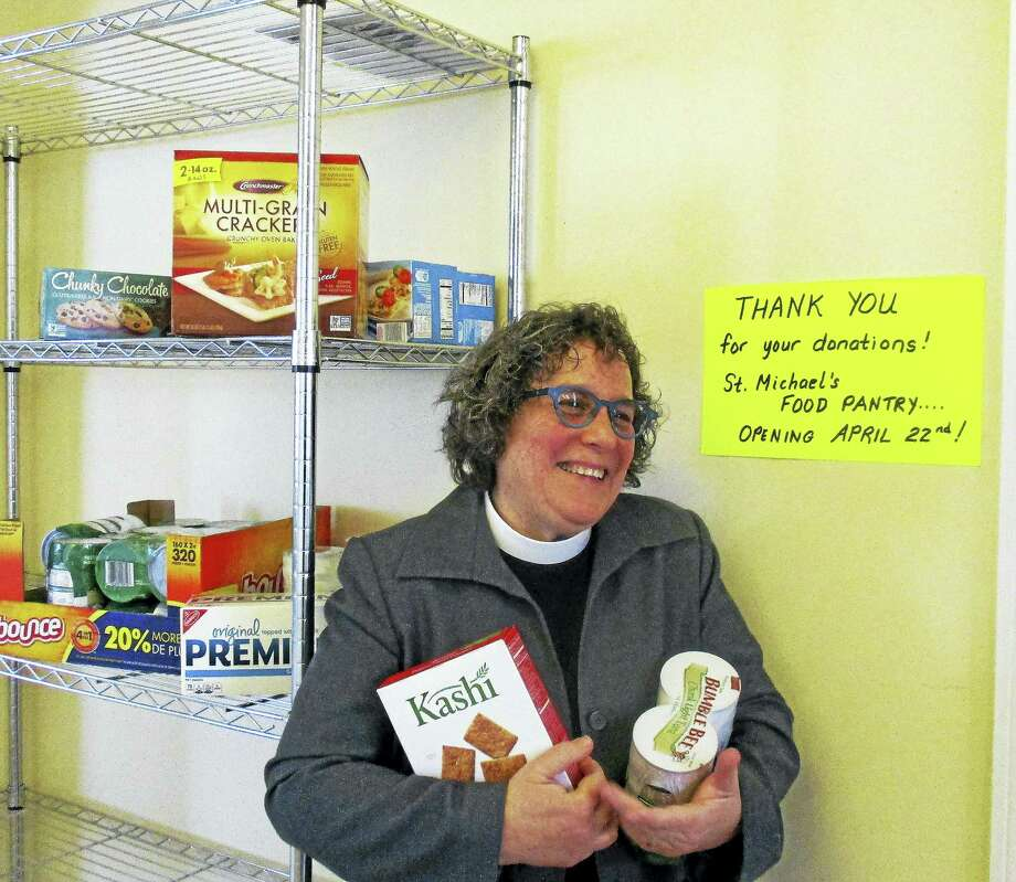 Litchfield church collecting donations for food pantry volunteers