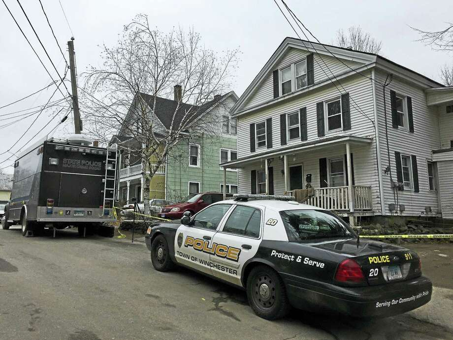 Winsted police investigate a shooting on Rock Street. Photo: Ben Lambert — The Register Citizen