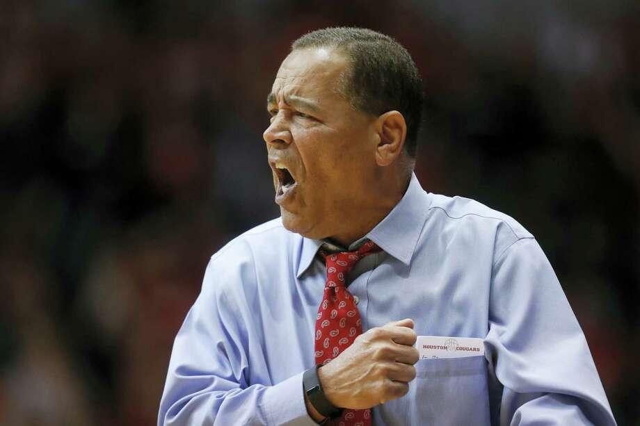 Houston coach Kelvin Sampson. Photo: The Associated Press File Photo  / AP