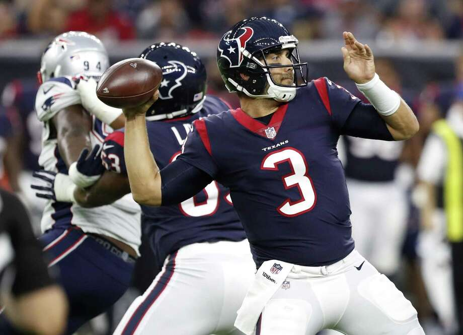 Texans quarterback Tom Savage throws a 37-yard pass to wide receiver Bruce Ellington during the first quarter of a preseason game against the New England Patriots at NRG Stadium on Aug. 19, 2017, in Houston. Photo: Brett Coomer /Houston Chronicle / Internal