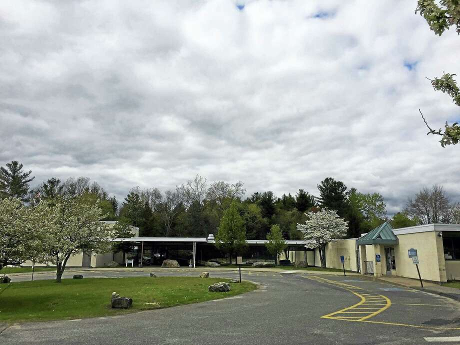 The Litchfield Board of Selectmen is exploring the idea of using the Bantam annex building property for affordable housing. Photo: Ben Lambert — The Register Citizen