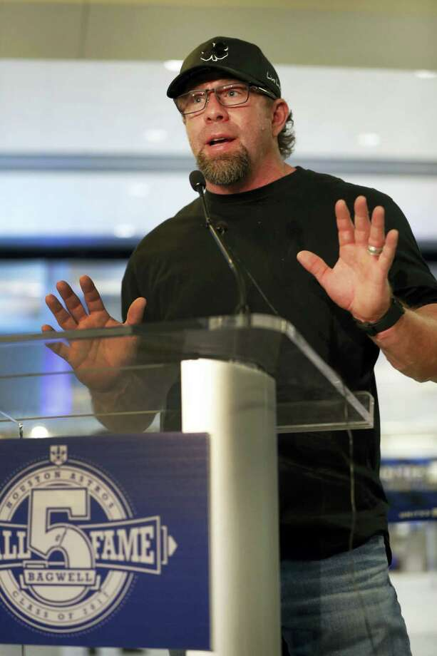 Former Houston Astros first baseman Jeff Bagwell speaks to reporters Wednesday in Houston after his election to baseball's Hall of Fame was announced. Photo: HAREN WARREN — HOUSTON CHRONICLE VIA THE ASSOCIATED PRESS  / 2017 Houston Chronicle