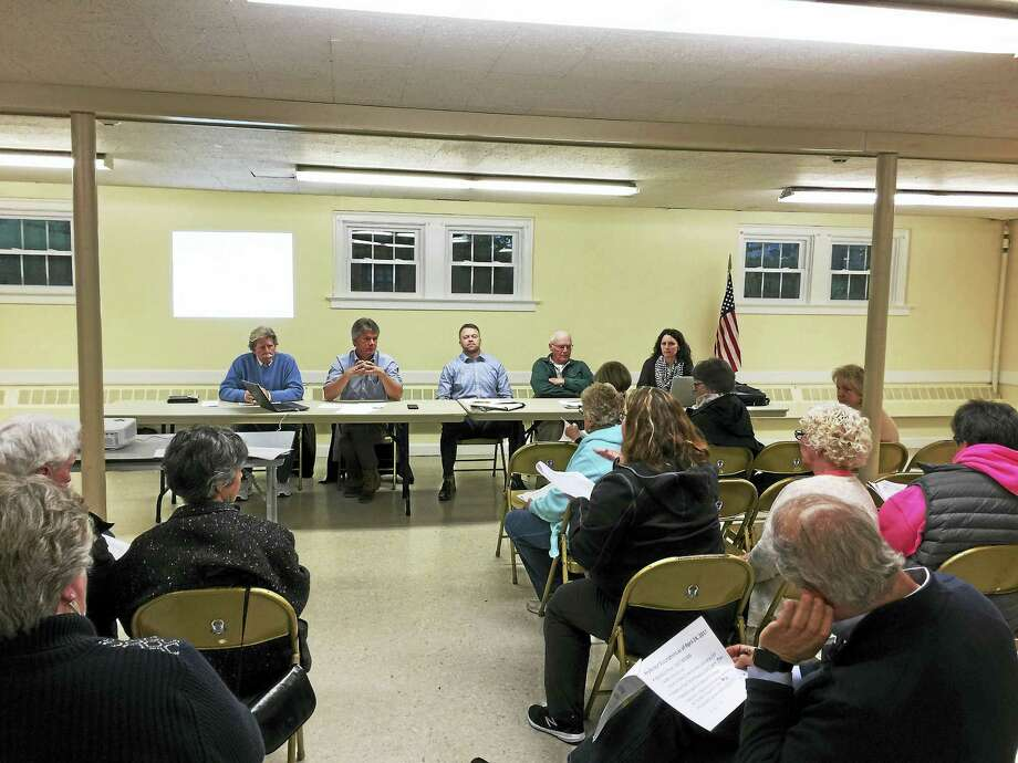 Morris residents and Board of Finance members met to discuss the proposed Region 6 budget and the municipal budget at a meeting Tuesday night. Photo: Ben Lambert — The Register Citizen