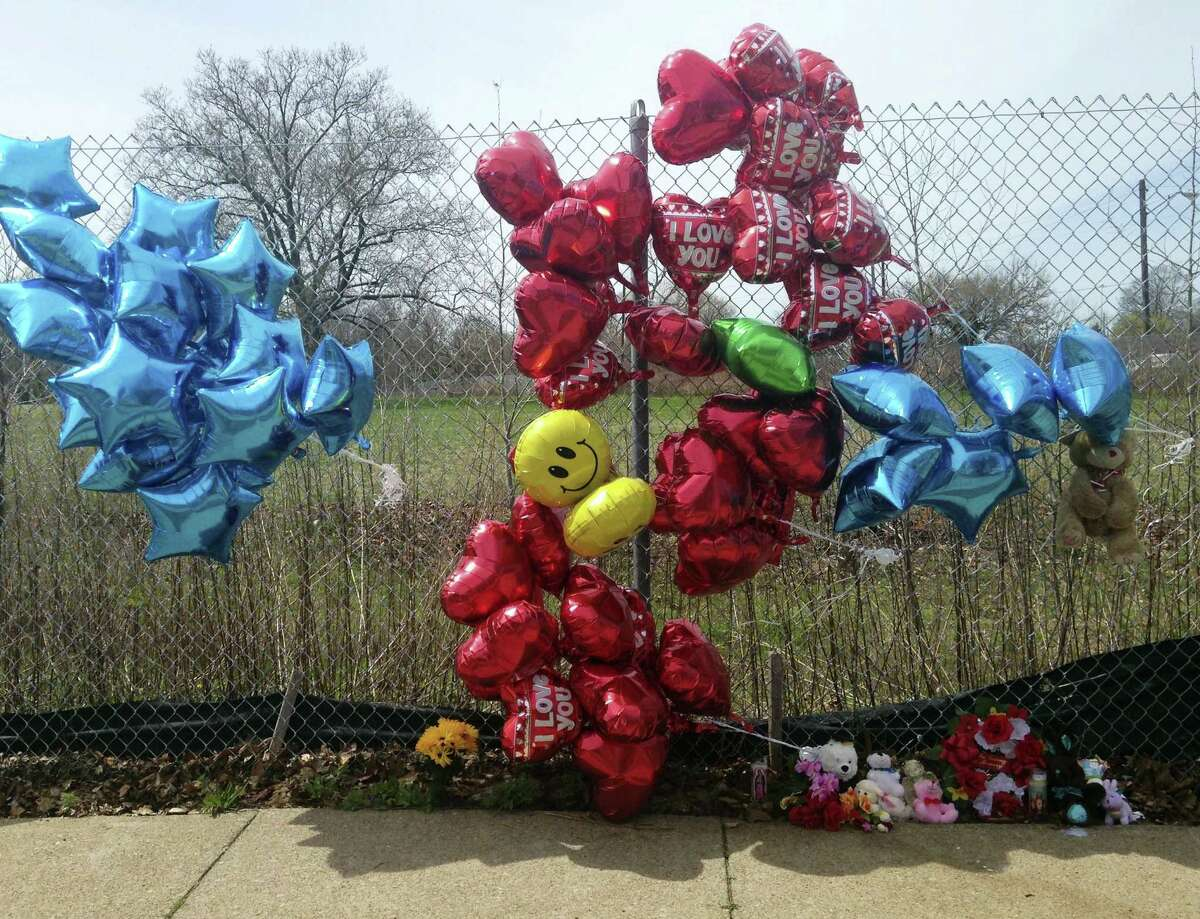 A makeshift memorial sits along a fence on April 17, 2017 near where Robert Godwin Sr., was killed in Cleveland. Police said Steve Stephens killed Godwin on Sunday and posted the video on Facebook.