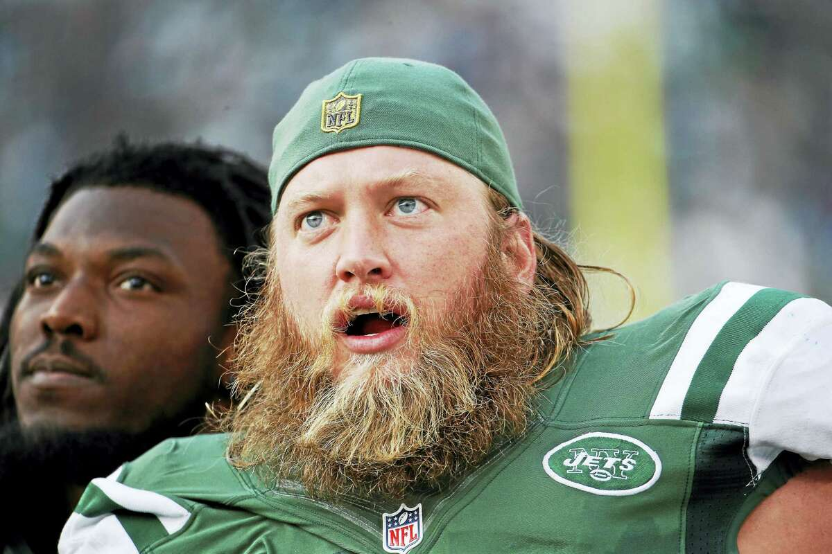 The Jets have released center Nick Mangold.