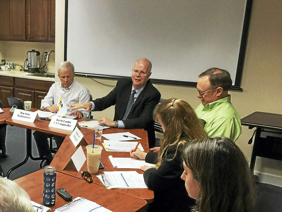 State Comptroller Kevin Lembo (center) discussed the Connecticut economy and ongoing efforts to address a budget deficit with the Northwest Hills Council of Governments. Photo: BEN LAMBERT — Digital First Media/File