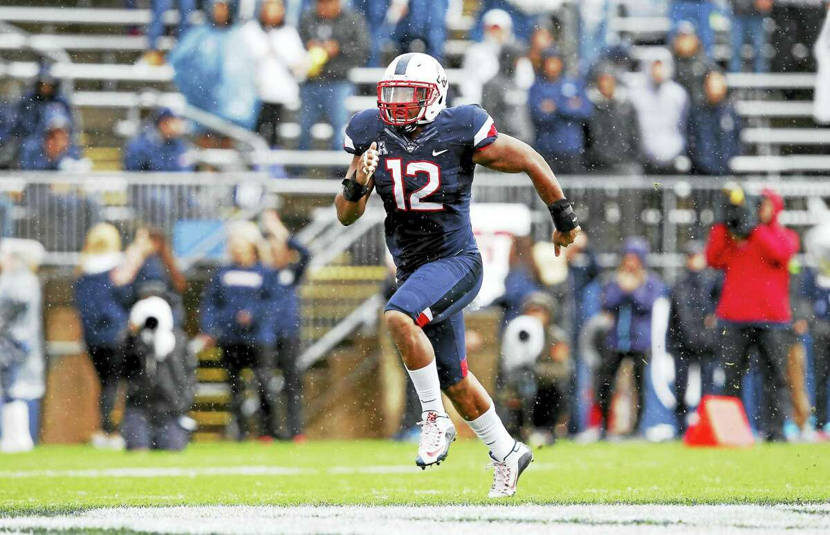 Connecticut linebacker E.J. Levenberry (12) during the first quarter of an NCAA football game against Central Florida Saturday, Oct. 22, 2016, in East Hartford, Conn. (AP Photo/Stew Milne)