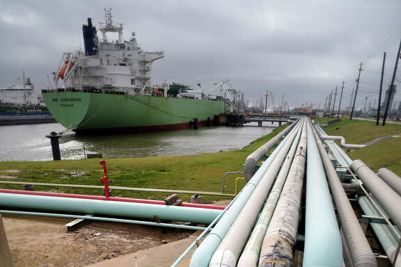 Pipelines help fill a vessel with fuel at an Enterprise Products Partners dock on the Houston Ship Channel. There are at least 15 projects to expand or construct pipelines in Texas.