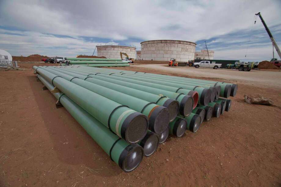 The BridgeTex Pipeline was completed in 2014 and terminates in east Houston. The pipeline, owned by Magellan Midstream and Plains All American Pipeline, carries Permian Basin crude oil from Colorado City to Houston.  Photo: Magellan Midstream Partners