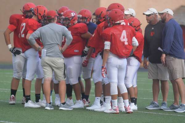 Plainview Bulldogs' varsity football scrimmage against Lubbock High.