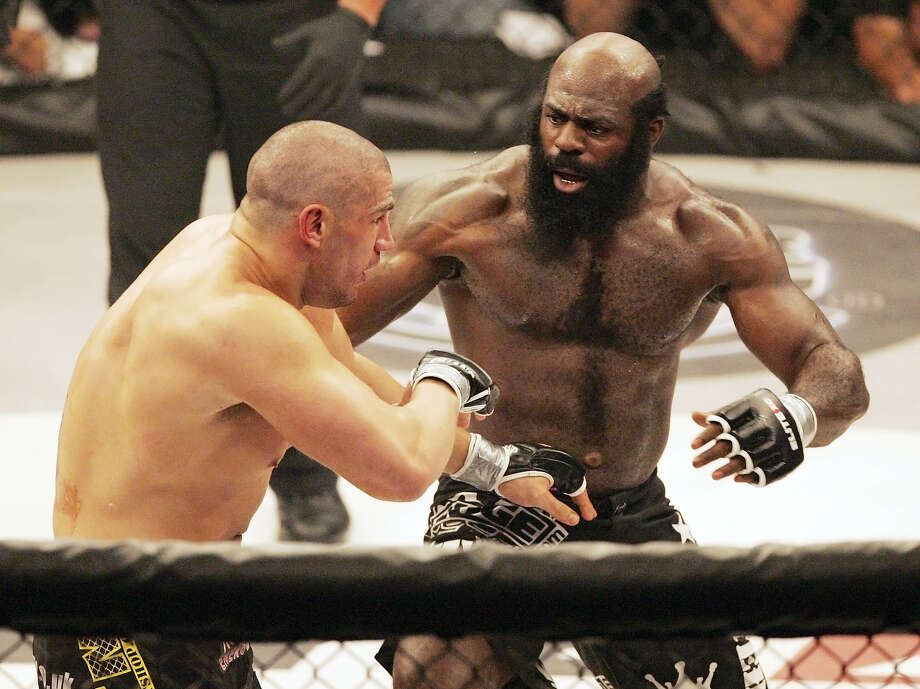 File-This May 31, 2008, file photo shows Kimbo Slice, right, battling James Thompson of Manchester, England during their EliteXC heavyweight bout at the Prudential Center in Newark, N.J.  Slice has died at age 42. Photo: The Associated Press  / AP