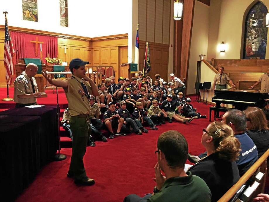 Torrington Cub Scout Pack 3 held its Fall Awards Ceremony Friday evening in Center Congregtional Church. Photo: Ben Lambert – The Register Citizen