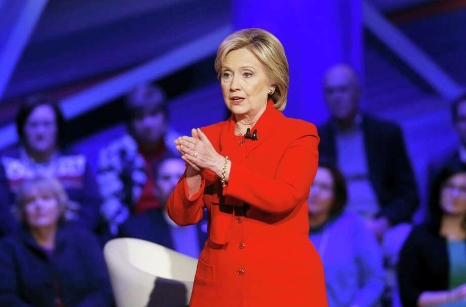 Democratic presidential candidate Hillary Clinton speaks during a CNN town hall at Drake University in Des Moines on Jan. 25, 2016. Photo: AP Photo/Patrick Semansky  / AP