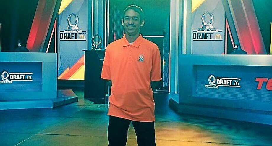 Beacon Falls' Federico Martinez, 19, helped Michael Irvin pick the Team Irvin Pro Bowl roster for Sunday night's game. Photo: Photo Courtesy Of Lenovo