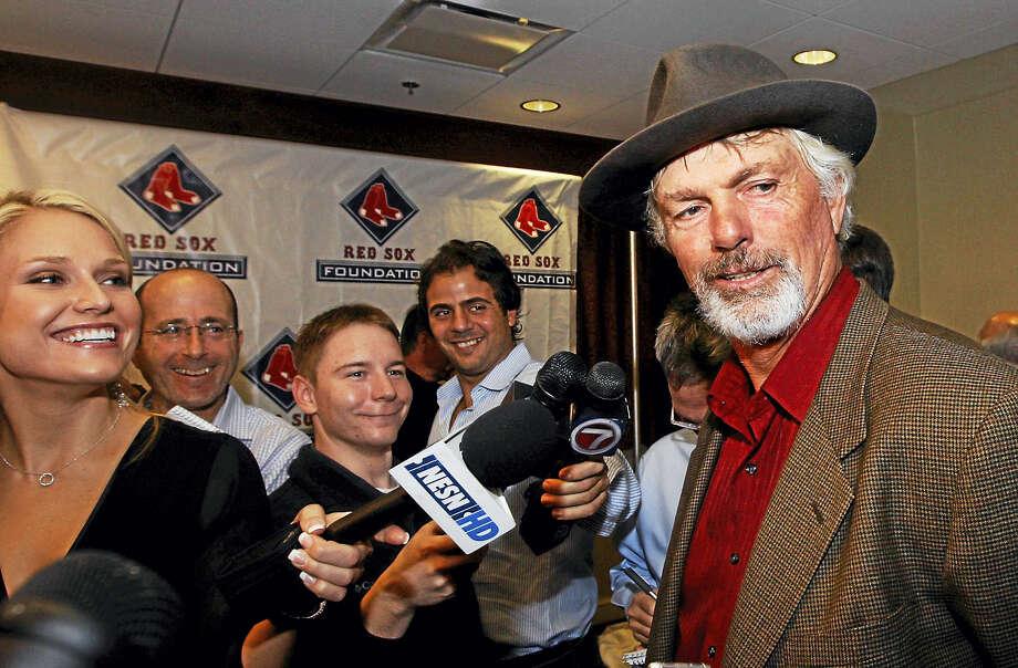 Former Boston Red Sox player Bill Lee at right. (AP Photo/Bizuayehu Tesfaye) Photo: ASSOCIATED PRESS / AP2008