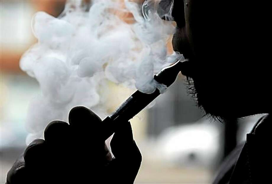 The federal government wants to ban approval for new products and health warning labels under regulations being proposed by the Food and Drug Administration, including, at one time, e-cigarettes. Photo: File Photo  / AP