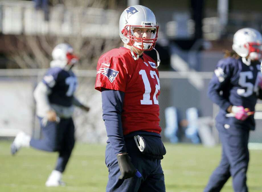 The Register's Dan Nowak is counting on Tom Brady and the Patriots to take care of business at home on Saturday and blow out the Chiefs. Photo: The Associated Press File Photo  / AP