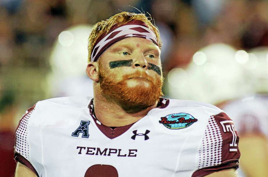 Temple linebacker Tyler Matakevich is the fifth player from Connecticut to be named state player of the year in the same season he earned first-team Walter Camp All-America honors. Photo: The Associated Press File Photo  / FR171174 AP