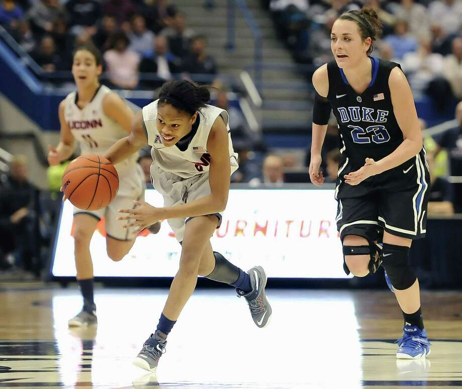 UConn junior point guard Moriah Jefferson has been doing it all recently for the second-ranked Huskies. Photo: Jessica Hill — The Associated Press  / FR125654 AP