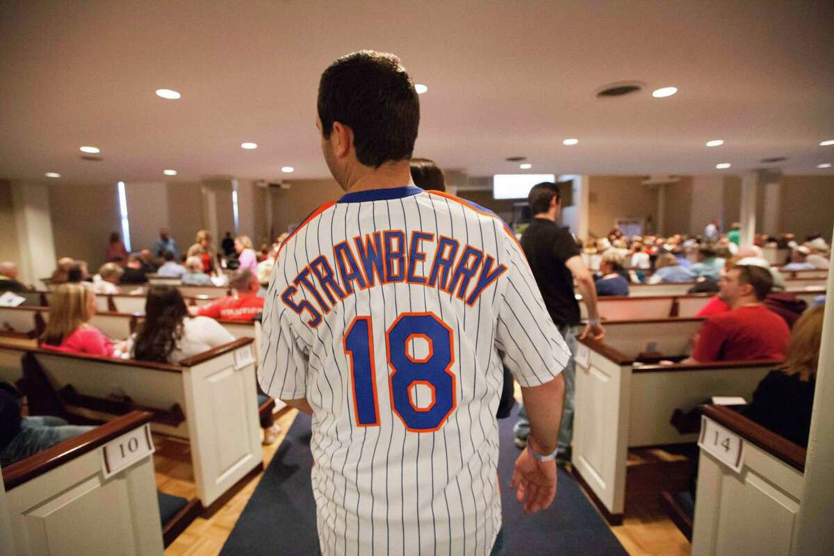 Peter Bruccoleri, from Eatontown, N.J., arrives to watch former baseball player Darryl Strawberry speak on April 24 in Bear, Del.
