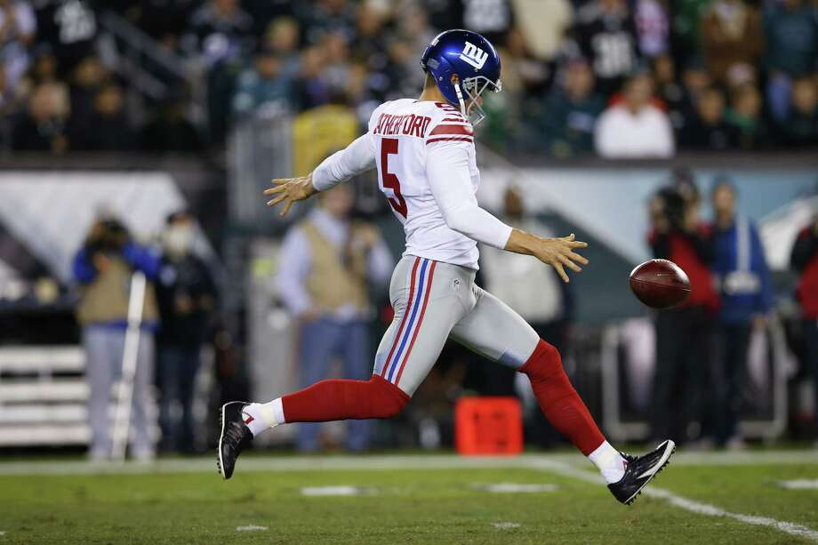 The New York Giants released popular punter Steve Weatherford on Friday. Photo: Michael Perez — The Associated Press File Photo  / FR168006 AP