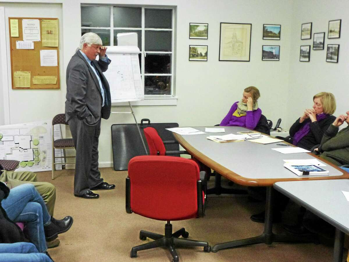 Milton Grew presents design plans to the Historic District Commission in Litchfield on Thursday.