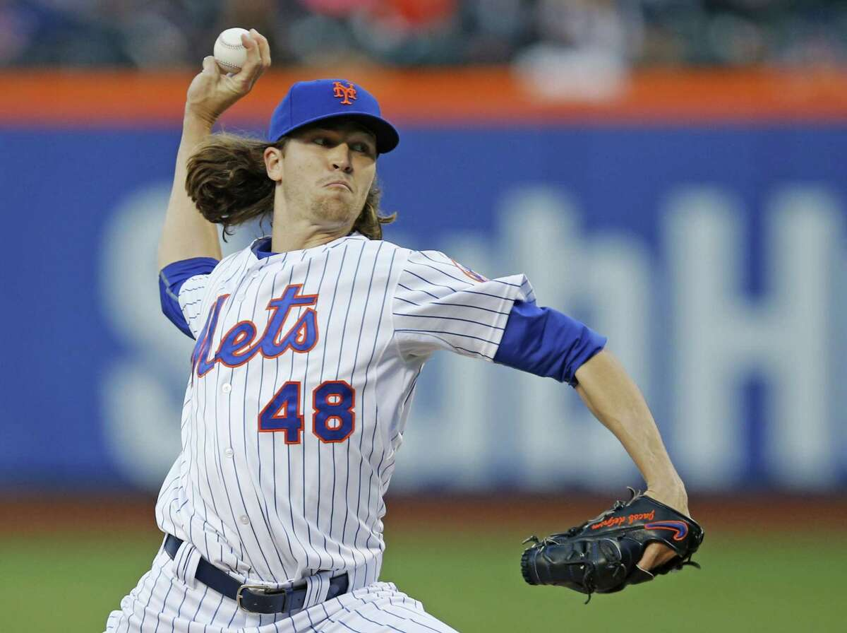 Mets starting pitcher Jacob deGrom delivers in the first inning of Wednesday's 5-1 win over the Orioles.