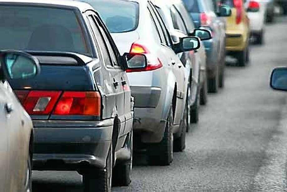Generic line of cars, traffic Photo: Shutterstock