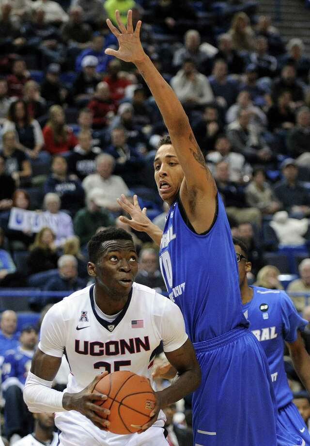 UConn's Amida Brimah had 10 rebounds in Saturday's win over Florida. Photo: The Associated Press File Photo  / FR153656 AP