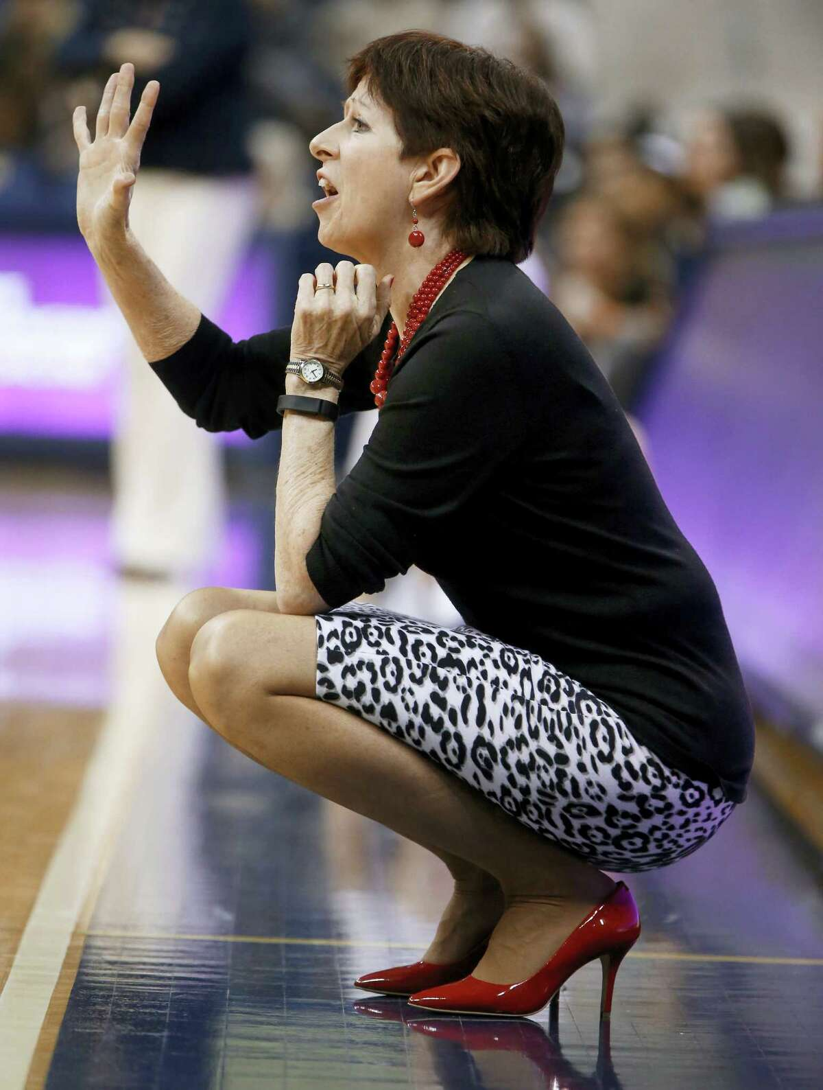 Notre Dame head coach Muffet McGraw signals to her team Sunday.