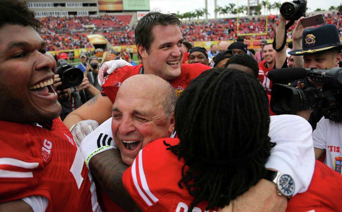 Wisconsin's Barry Alvarez celebrates with his team after defeating Auburn 34-31 in the Outback Bowl on Thursday in Tampa, Fla.