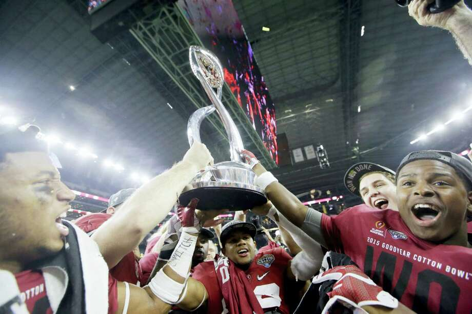 Alabama celebrates after the Cotton Bowl college football playoff semifinal game against Michigan State on Thursday in Arlington, Texas. Photo: LM Otero — The Associated Press  / AP