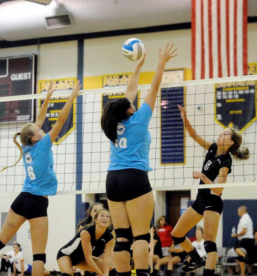 Hatchet Volleyball Invitational 2017 Photo: Paul P. Adams/Huron Daily Tribune