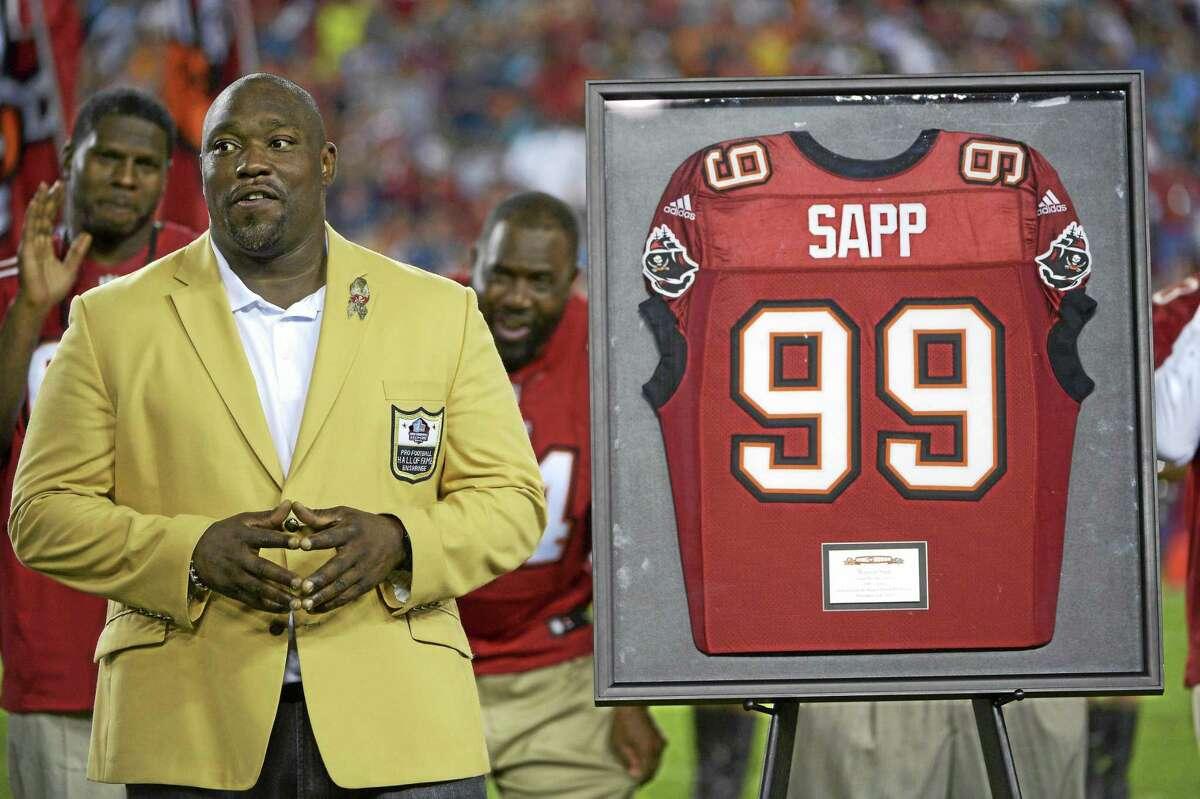 Former Tampa Bay Buccaneers defensive lineman Warren Sapp.