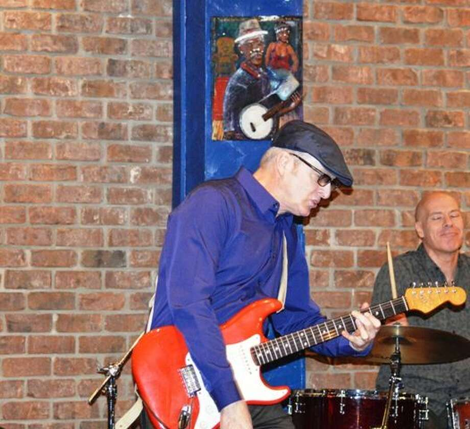 Photo by Dom Forcella Shawn Leonard  is a guest guitarist with the CTBS All-Stars at the Connecticut Blues Society Jam Sunday, at the Pine Loft in Berlin. Photo: Journal Register Co.