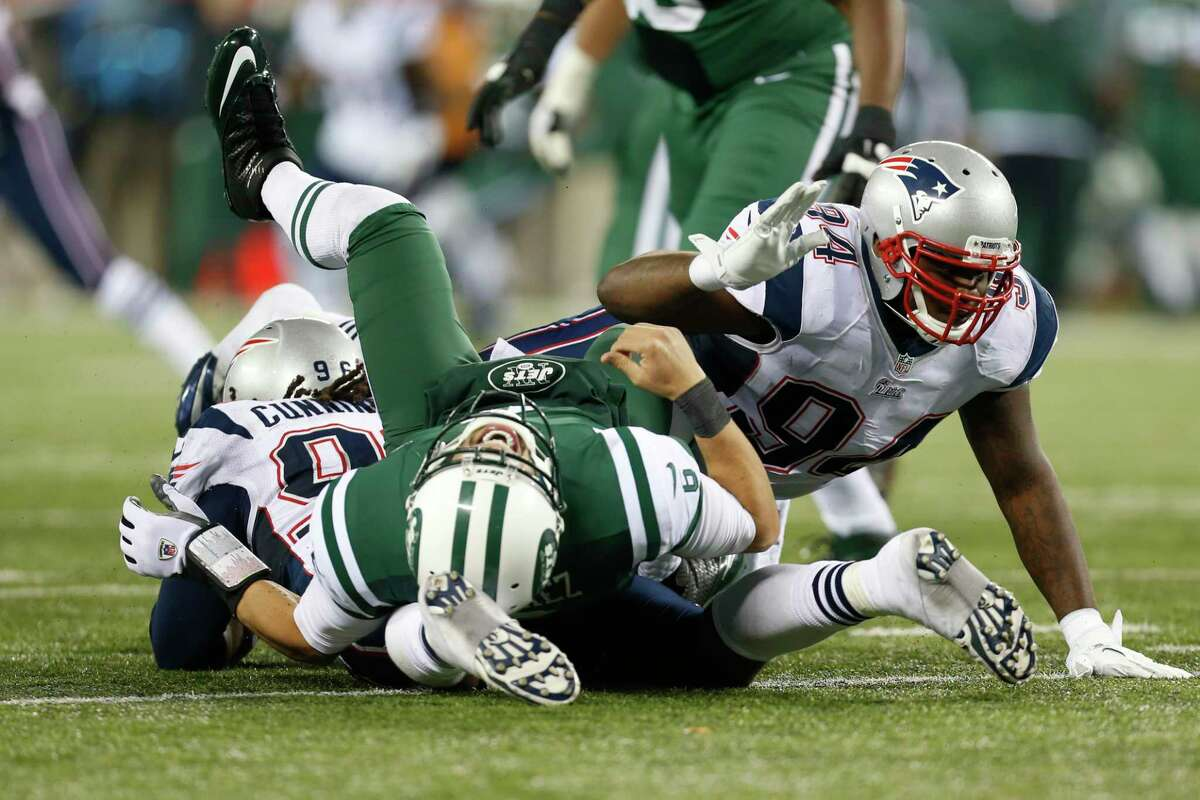 """The New England Patriots' official Twitter account sent out — and then deleted — a picture of the New York Jets' infamous """"butt fumble"""" as the AFC East rivals approach Sunday's game."""