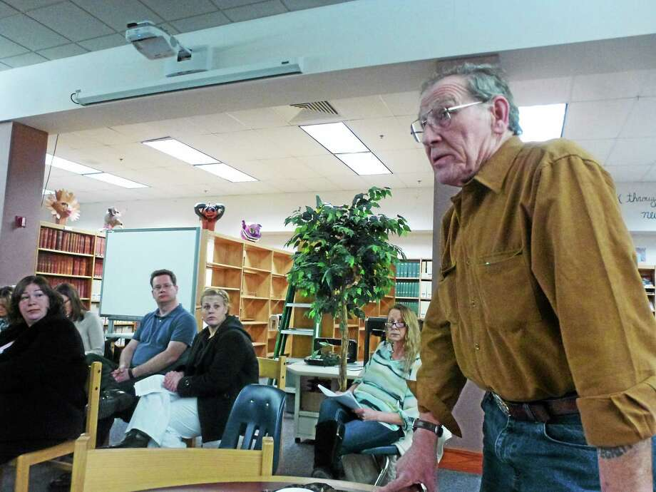 Art Melycher addresses parents during the public comment portion of Wednesday night's the Gilbert School budget meeting. Photo: Ryan Flynn — Register Citizen