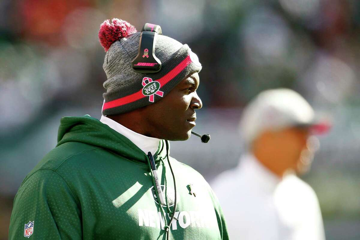 Jets head coach Todd Bowles looks on during the second half of Sunday's game against Washington.