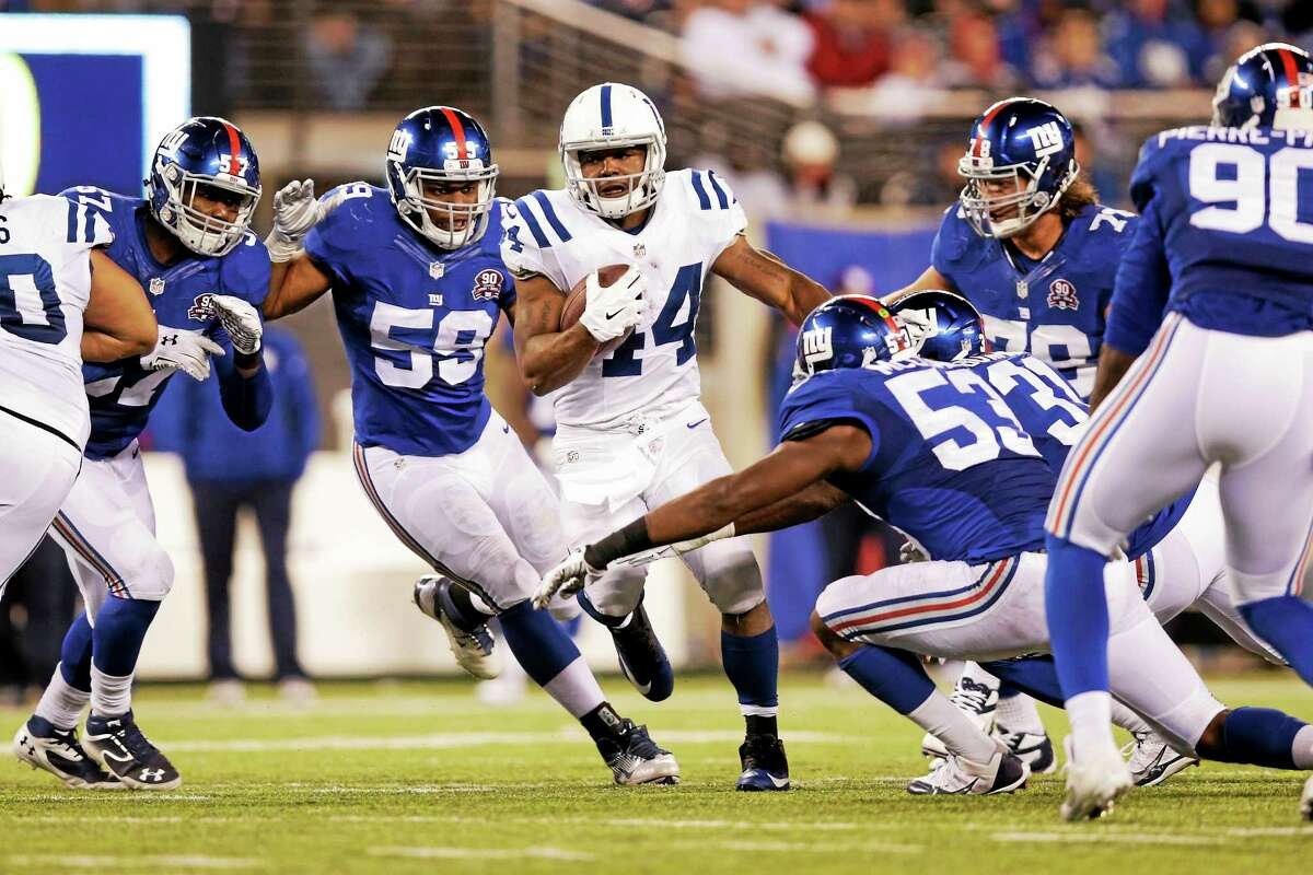 The Indianapolis Colts re-signed Ahmad Bradshaw (44).