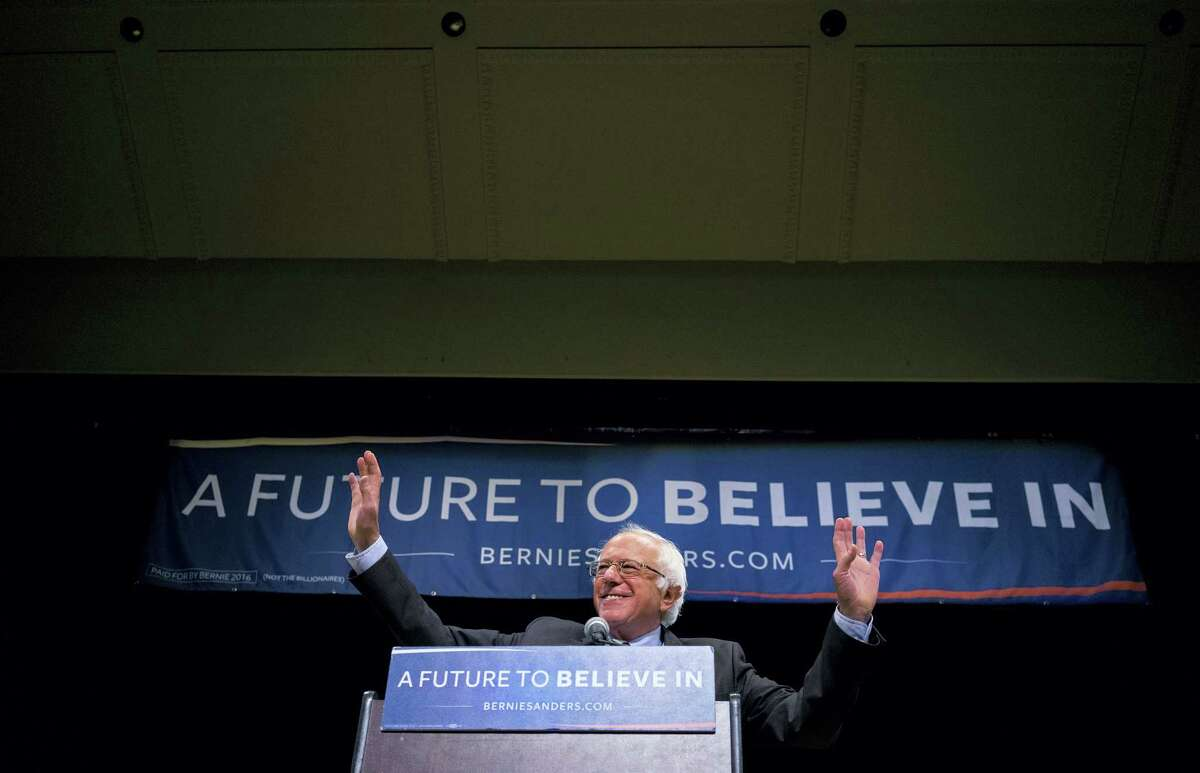 Democratic presidential candidate Sen. Bernie Sanders, I-Vt., acknowledges supporters as he arrive for an address in New York Thursday, June 23, 2016.