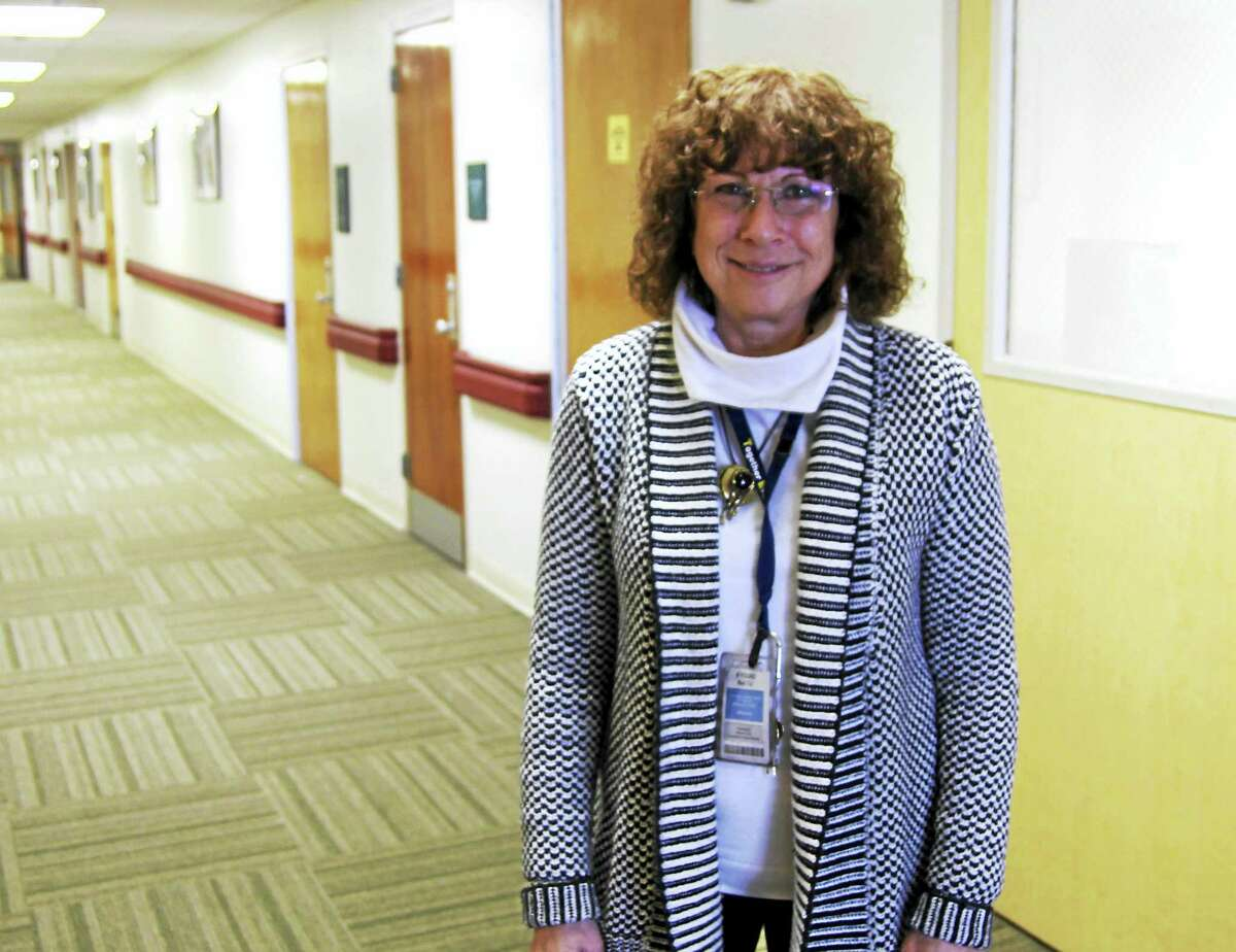JODIE MOZDZER GIL — CONN. HEALTH I-TEAM Lisa Berzins, a Connecticut Valley Hospital psychologist