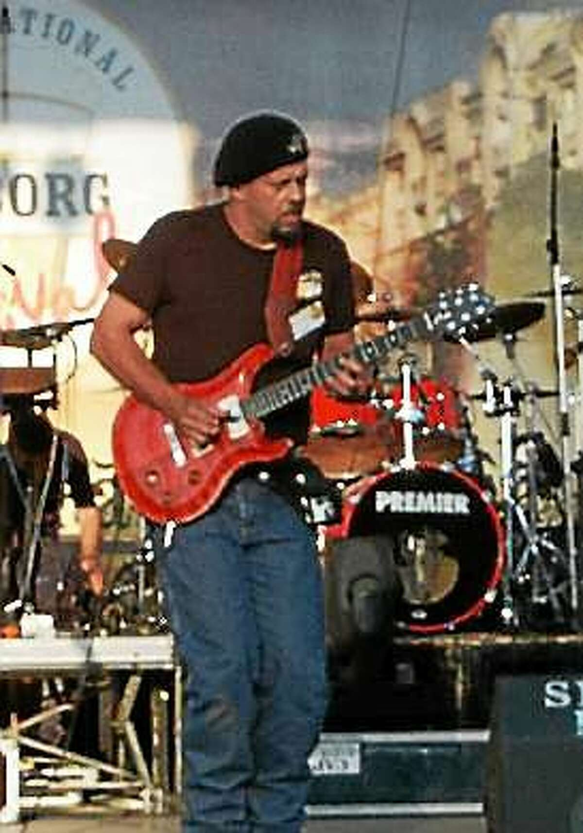 Photo courtesy of Chris Tofield Chris Tofield winds down his visit to Connecticut with gigs this weekend.