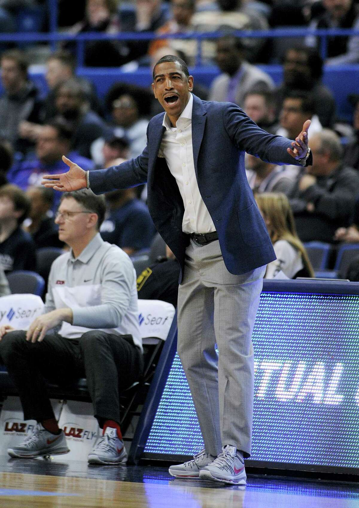 Connecticut head coach Kevin Ollie, seen reacting earlier this season, had little to be upset about during Thursday's win over Memphis.