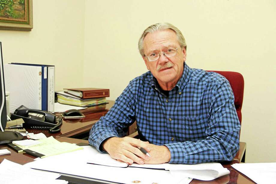 Winchester Town Manager Robert Geiger Photo: Journal Register Co.