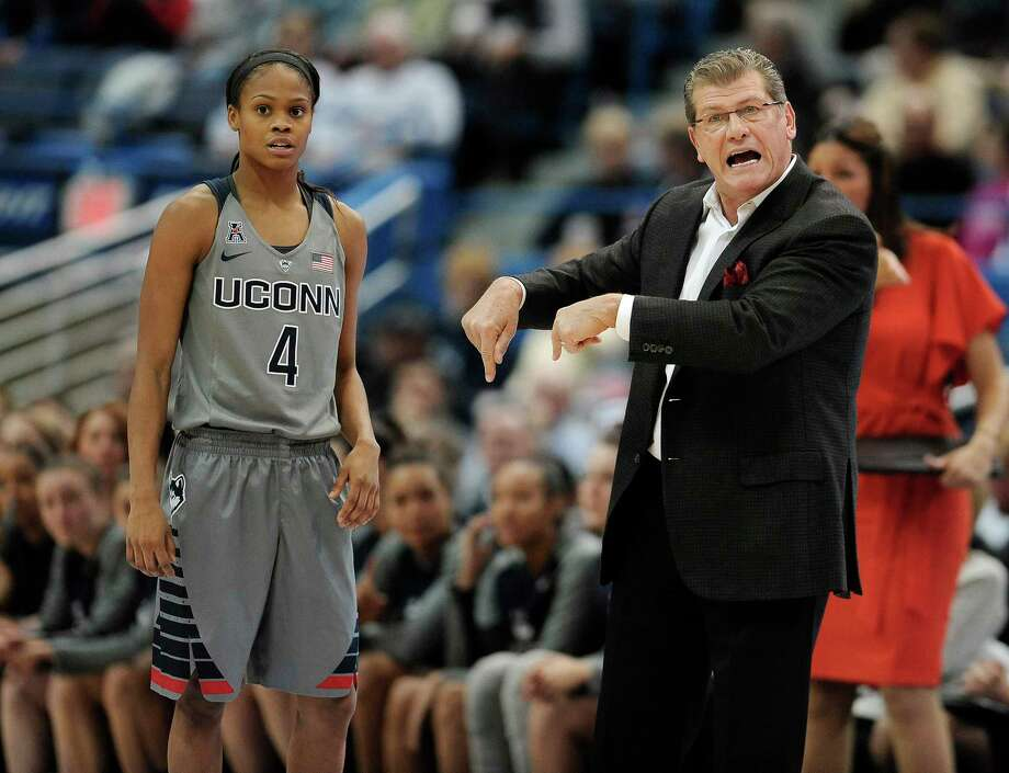 UConn head coach Geno Auriemma and guard Moriah Jefferson look on during the top-ranked Huskies' 97-57 win over Kansas State on Monday night. Photo: Jessica Hill — The Associated Press  / FR125654 AP