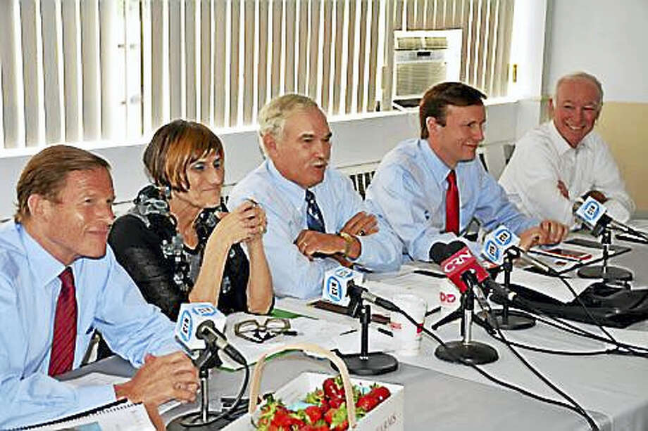 L to R: Blumenthal, DeLauro, Scuse, Murphy, and Courtney CTnj ag trends Photo: PHOTO PROVIDED BY MURPHY'S STAFF