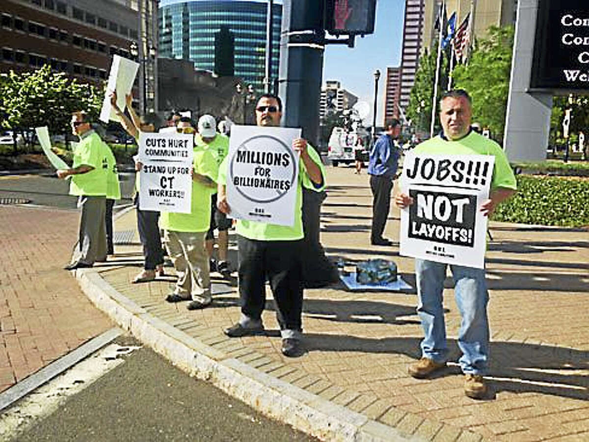Labor protesters outside the Connecticut Convention Center.