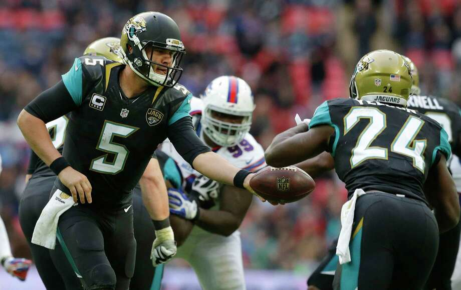 Quarterback Blake Bortles (5), running back T.J. Yeldon (24) and the Jaguars face the Jets today. Photo: The Associated Press File Photo  / AP